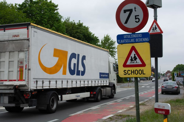 Meer dan 850 'sluipende' vrachtwagens door Gullegem, gemeentebestuur zoekt maatregelen