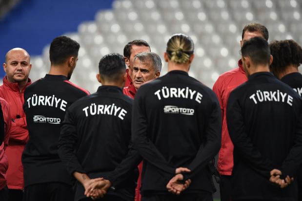 France-Turquie, tendu à tous les étages