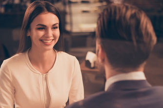 7 manieren om een onvergetelijke eerste indruk te maken tijdens een sollicitatiegesprek