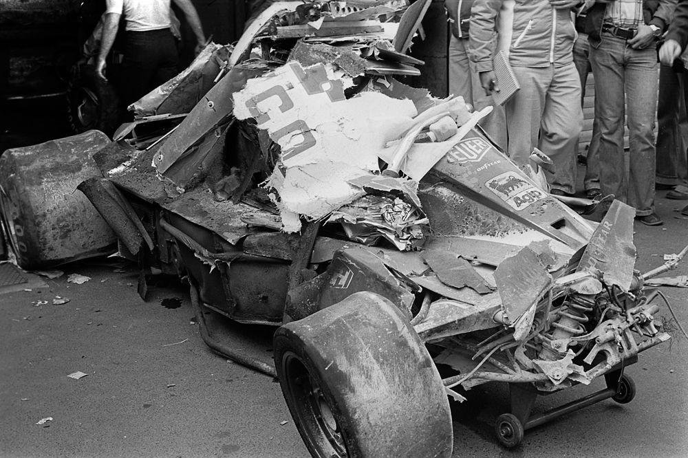 Le véhicule de Niki Lauda après le crash, Nurburgring, le 1er août 1976, Getty Images