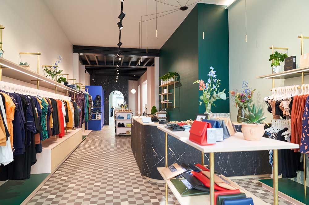 De nieuwe shop van Supergoods in Antwerpen, Britt Guns