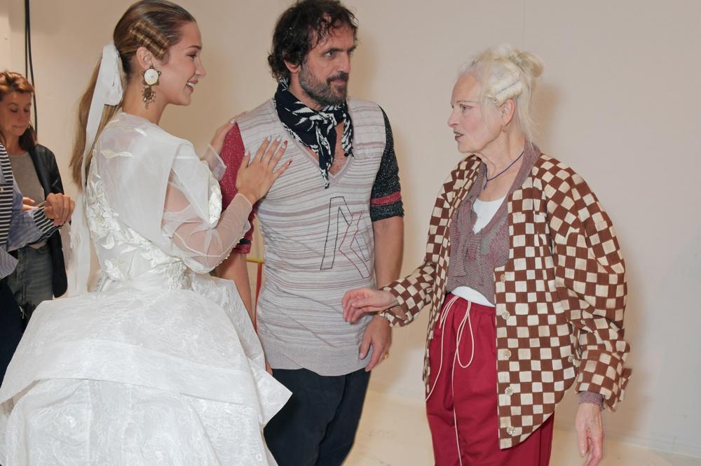 Bella Hadid, Andreas Kronthaler et Vivienne Westwood, Getty Images