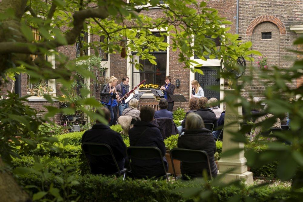 Hofjesconcerten, Visit Leiden
