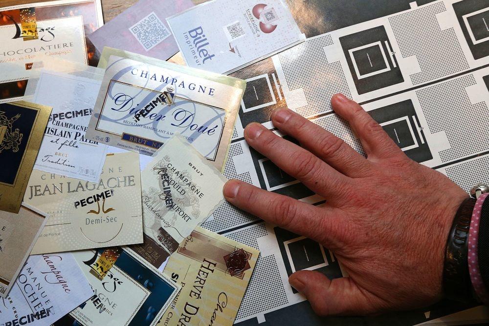 Les étiquettes imprimées par l'Imprimerie Billet, AFP