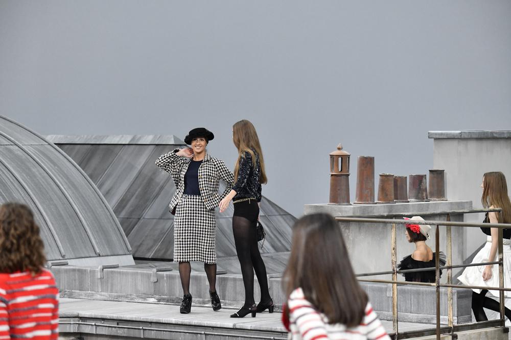 L'intruse face à Gigi Hadid, Getty Images