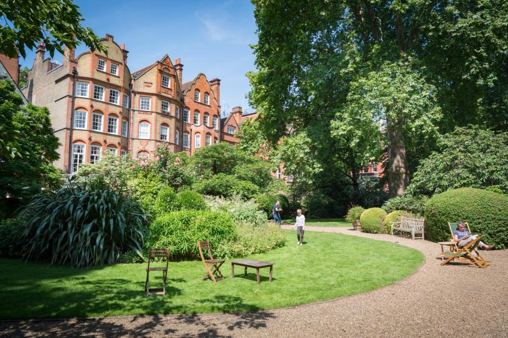 Collingham Gardens, Diana Jarvis