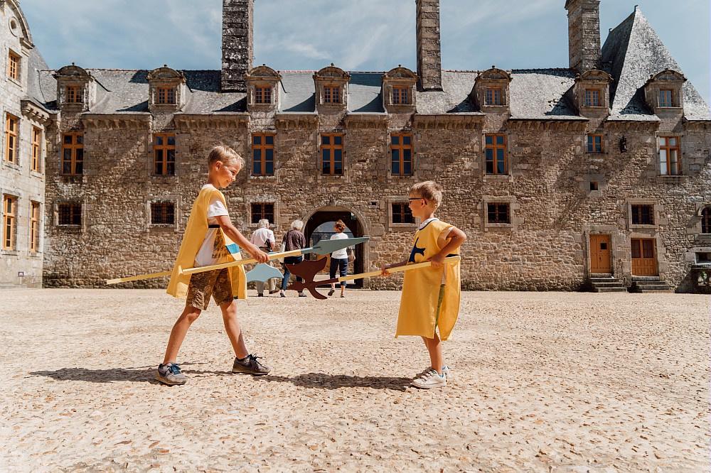 Flashback naar het verleden in een Bretoens kasteel., Noé C.