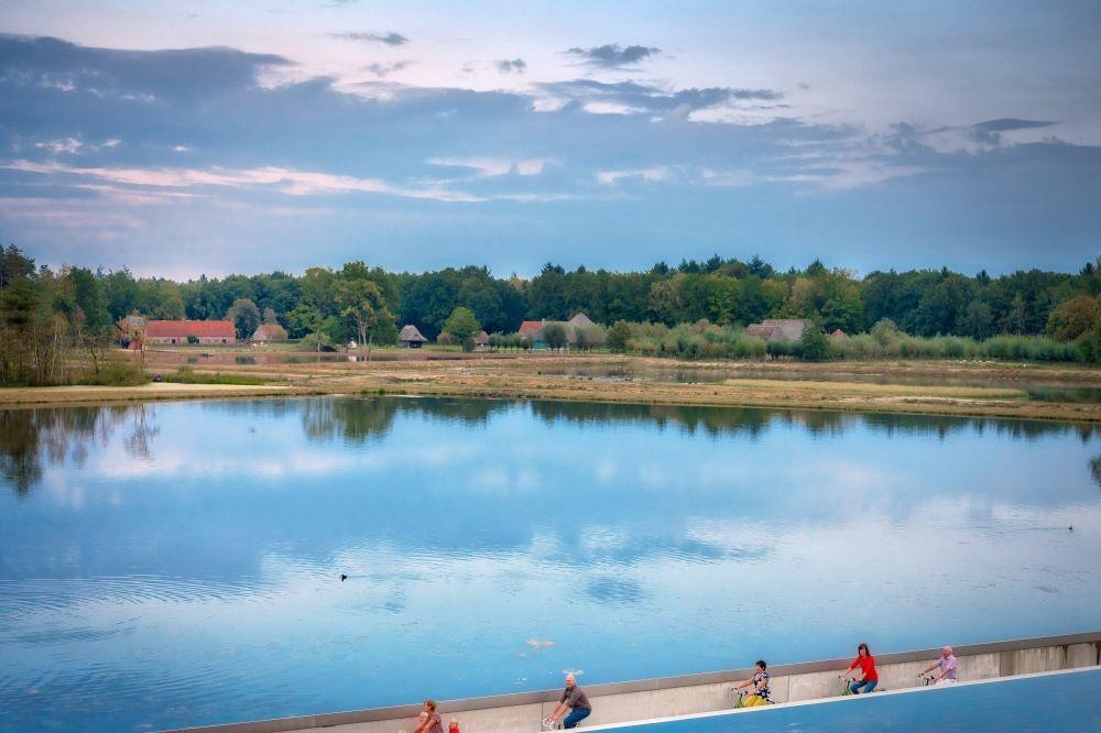 Fietsen door het water, Toerisme Limburg