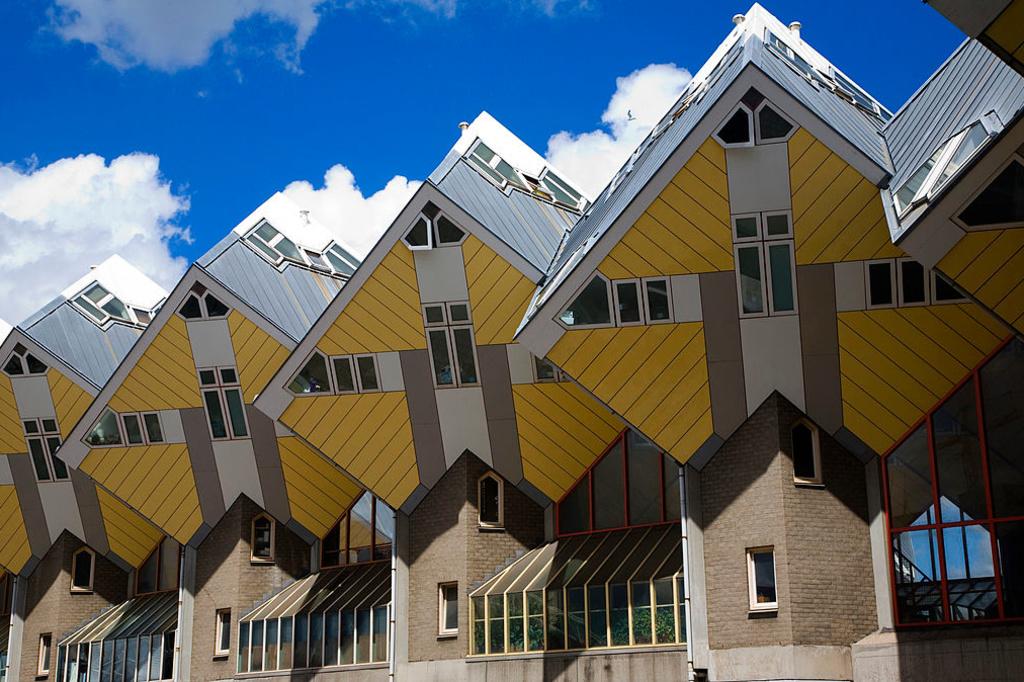 De beroemde kubuswoningen in Rotterdam, iStock