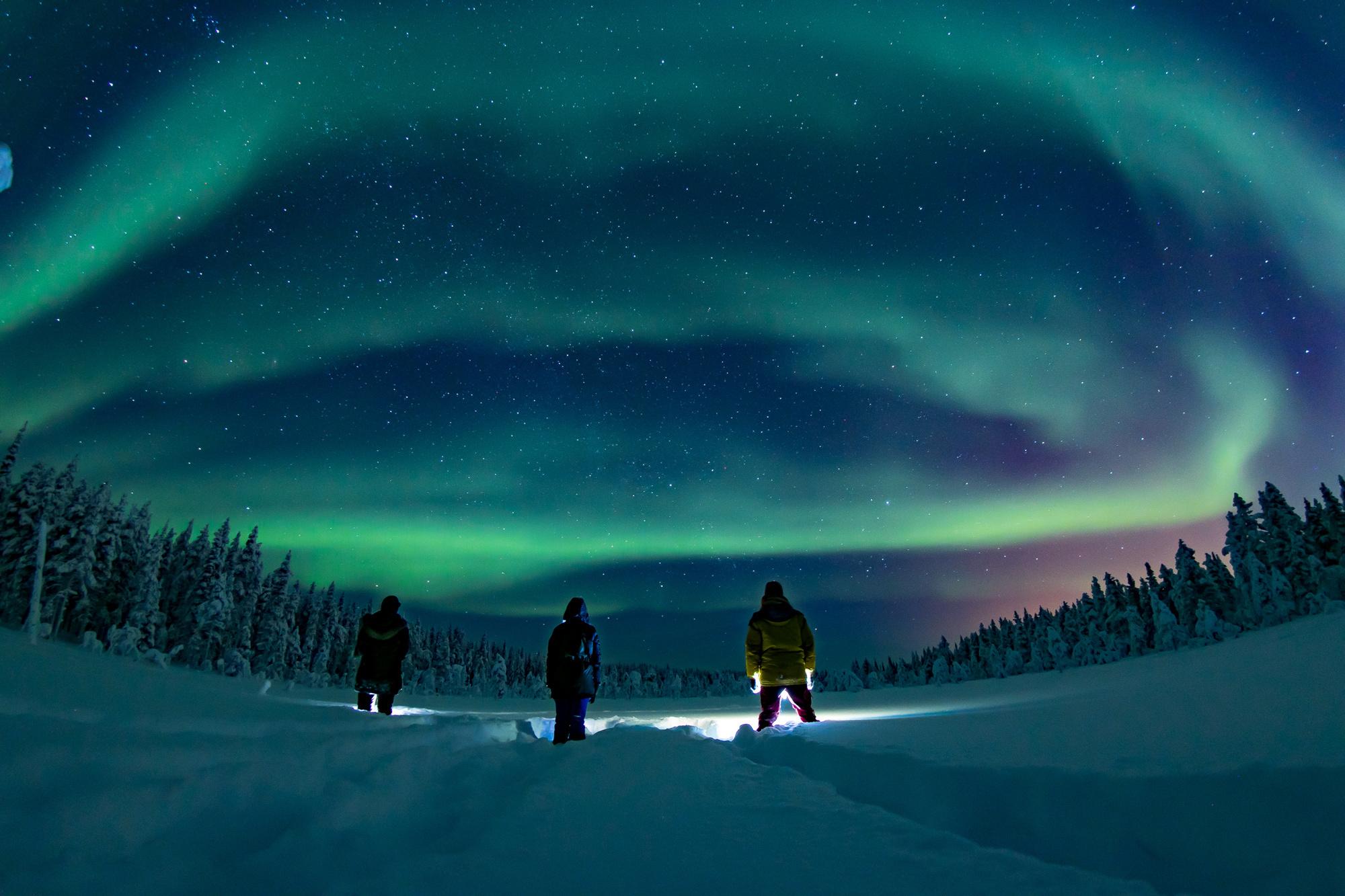 Op zoek naar het noorderlicht in Lapland., Travelbase