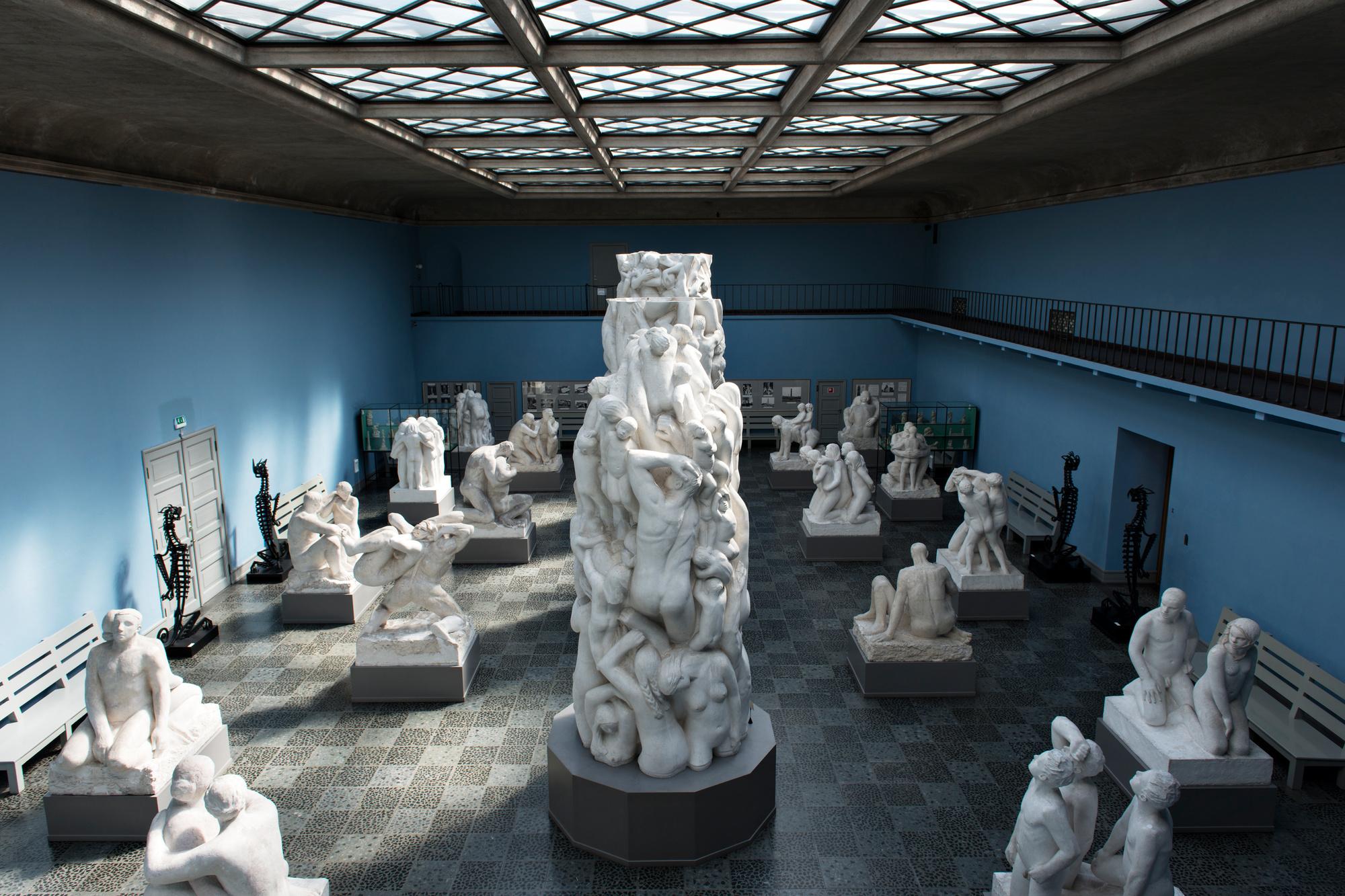 De zaal van de monoliet in het Vigeland Museet., WS