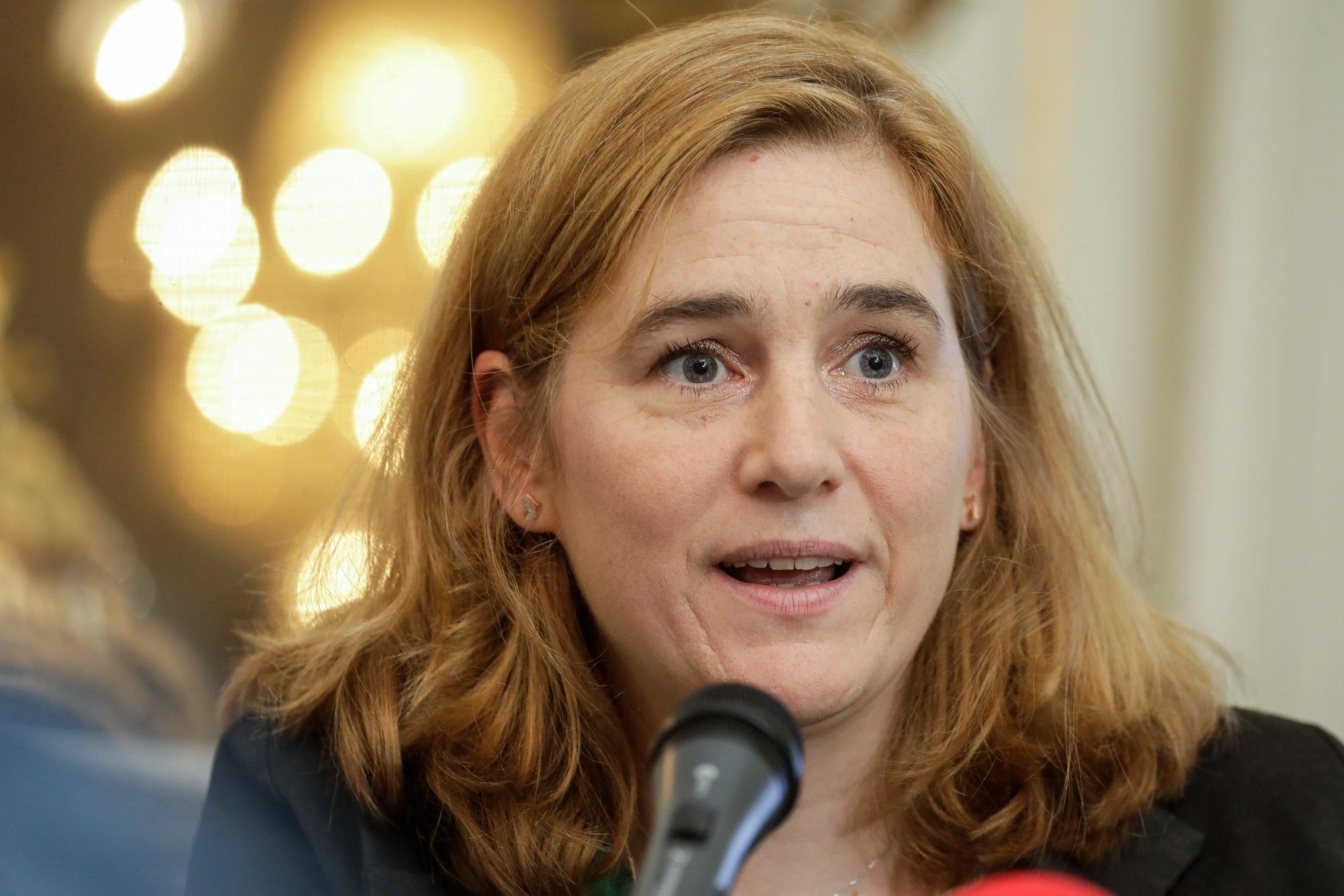 Elke Van den Brandt, Belga