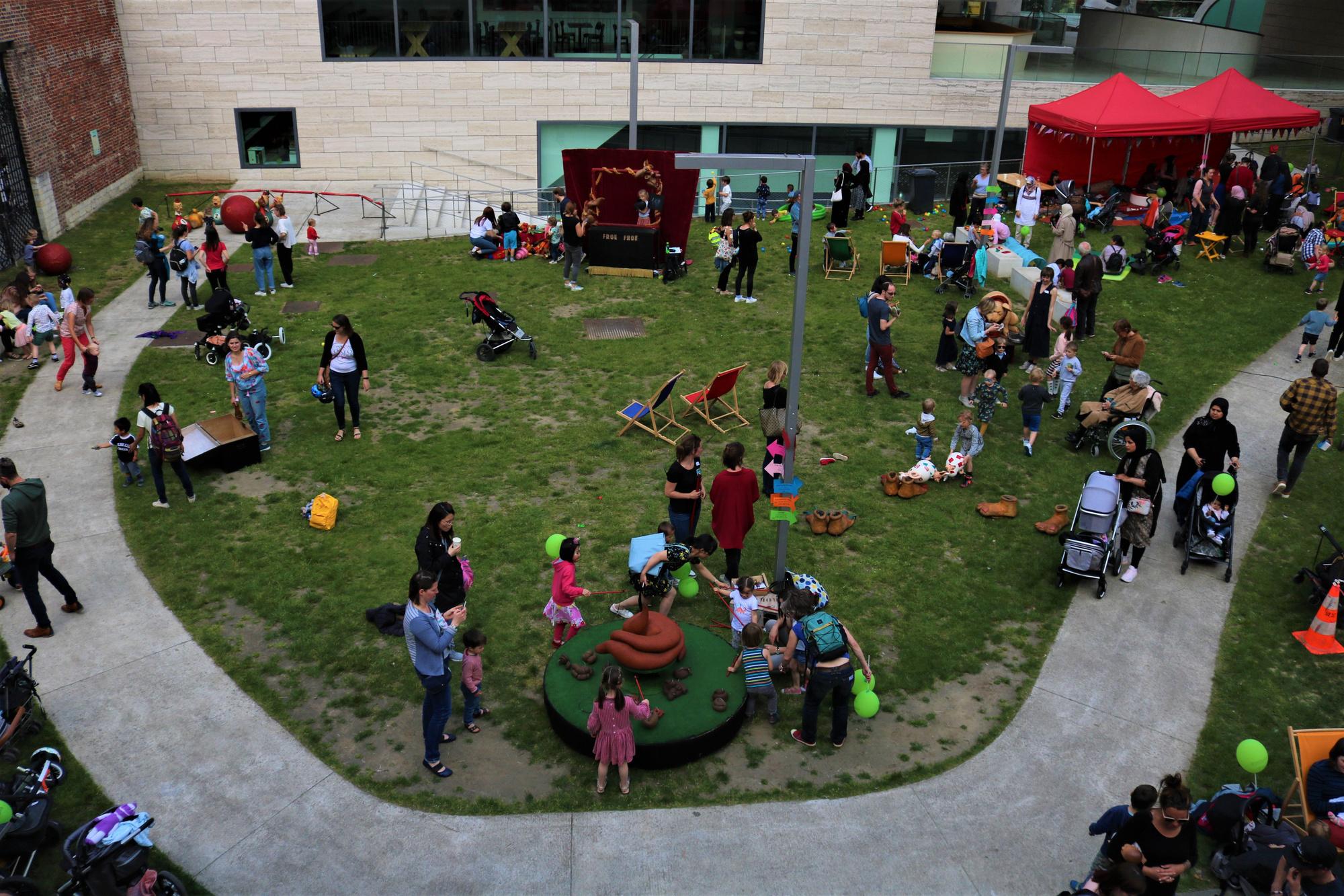 Gezinsfeest in Leuven., Huis van het Kind Leuven