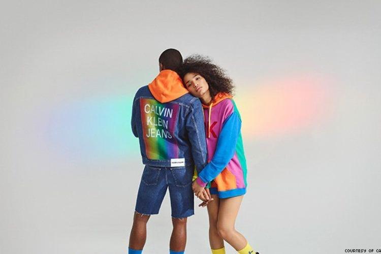 De collectie is ter ere van de Pride's vijftigste verjaardag., Calvin Klein