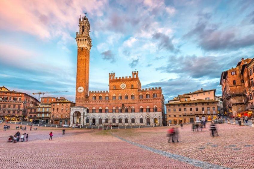 Piazza del Campo, iStockphoto