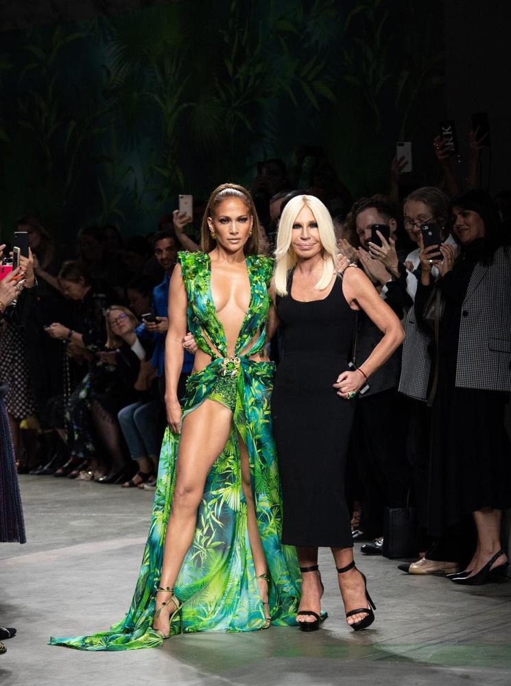 Jennifer Lopez et Donatella Versace., Versace