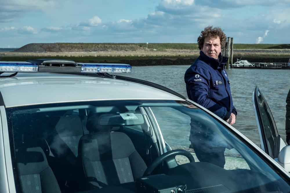 Sebastien Dewaele heeft na Eigen Kweek, Bevergem en De Dag opnieuw een stevige rol beet., © VRT - Nyklyn, Column, Eyeworks