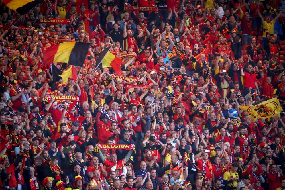 De Belgische supporters kirden van plezier in Hampden Park., BELGA