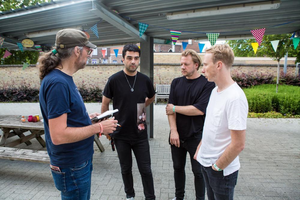 Reporter Roel Jacobus interviewt Goose., Davy Coghe