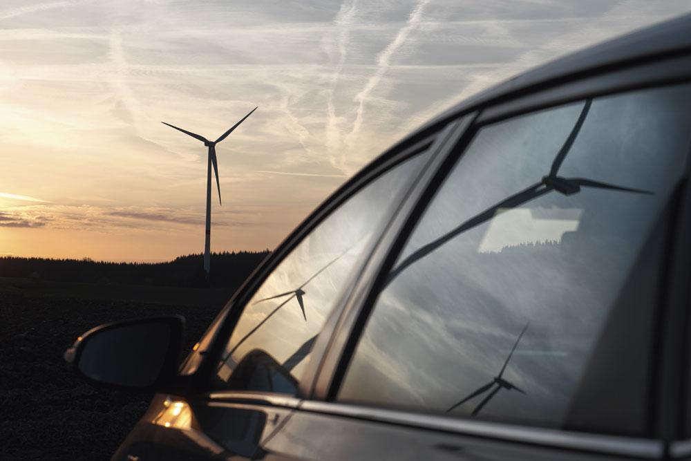 """GROENE ENERGIE """"We hebben een Marshallplan voor het klimaat nodig. Dat kan niet zonder de overheid."""", REU"""