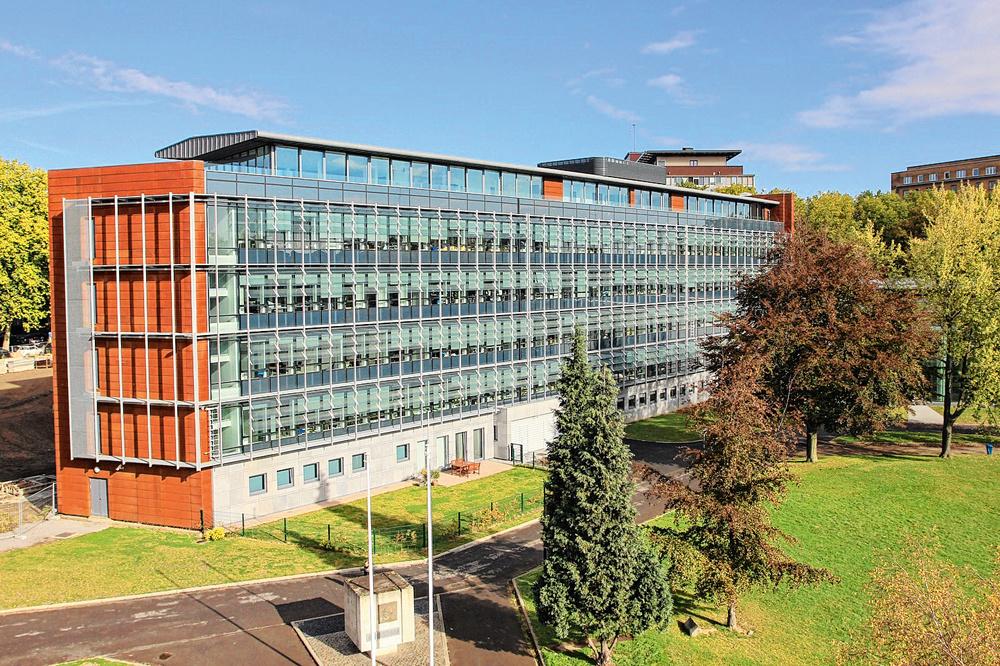 Palais de justice de Charleroi, -