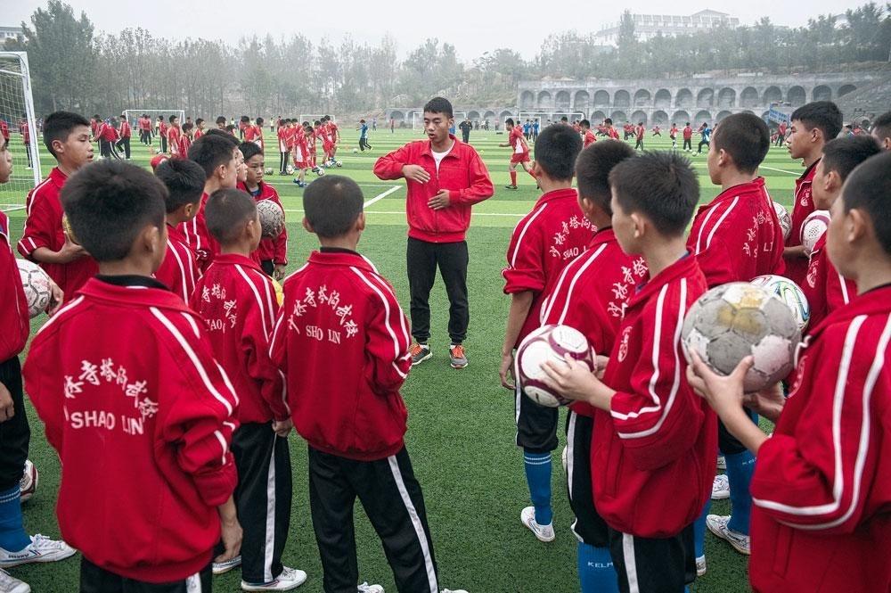 Le Standard est appelé à accueillir au Sart Tilman le gratin du football chinois., BELGAIMAGE