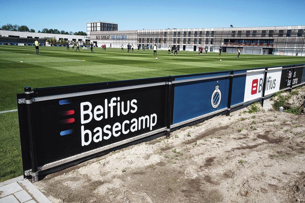 Une grande majorité des 130 employés du Club Bruges travaillent ici, au Belfius basecamp., BELGAIMAGE