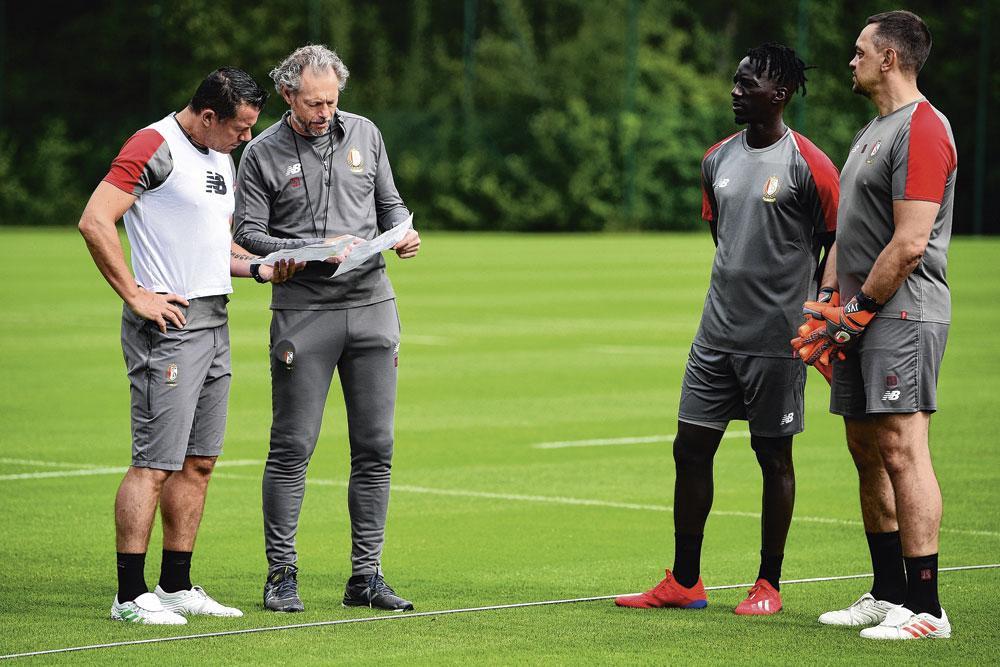 Mbaye Leye a remplacé Emilio Ferrera dans le staff de Preud'homme au Standard., BELGAIMAGE