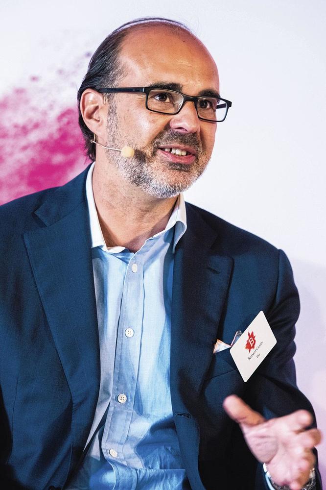 Bernard Gustin (Elia), DANN