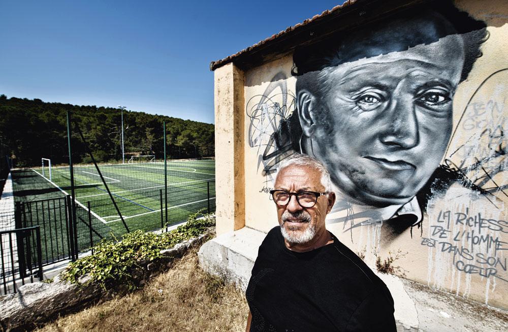 Roger Giovannini, jeugdtrainer bij Marseille, moest Samir Nasri wel eens tot de orde roepen. 'Maar een bad boy? Nee, dat niet.', belgaimage - christophe ketels