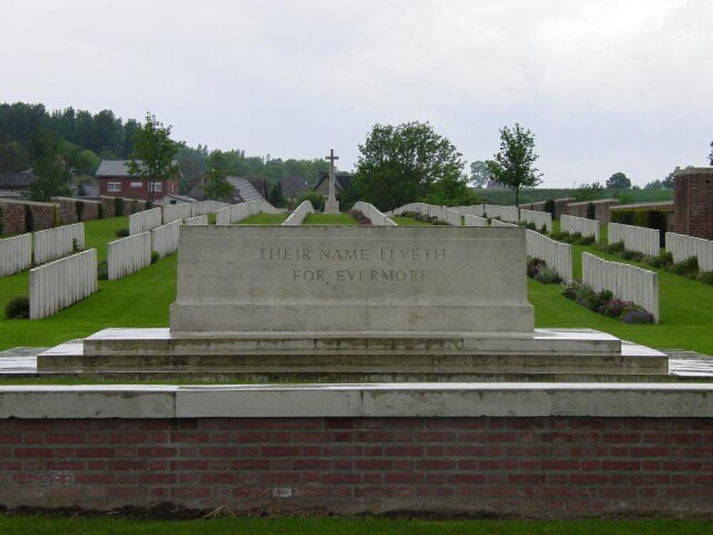 Heuvelland: La Clytte Military Cemetery., GF