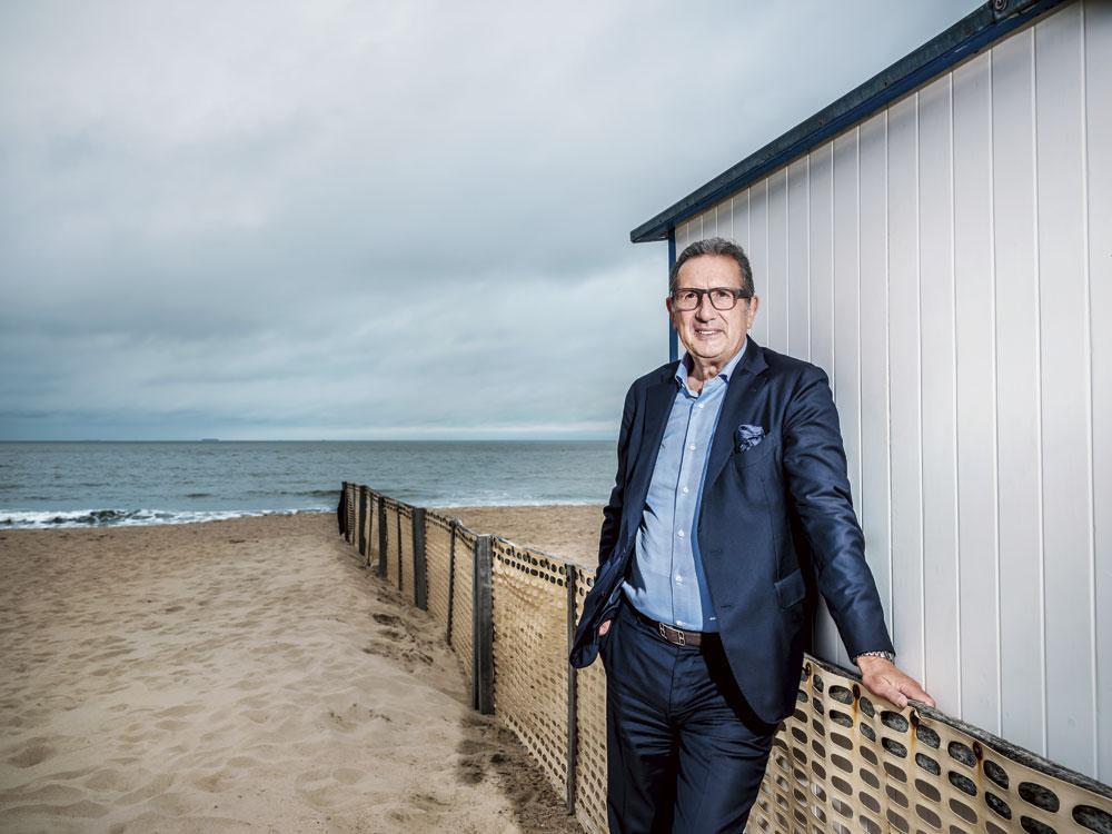 Georges Leekens: 'Ik ben fan van Kompany, maar hij zal een beetje een rem moeten zetten op zijn ambitie.', INGE KINNET