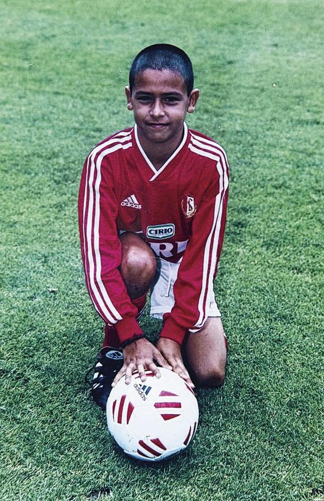 Le tout jeune Nacer sous le maillot du Standard., BELGAIMAGE