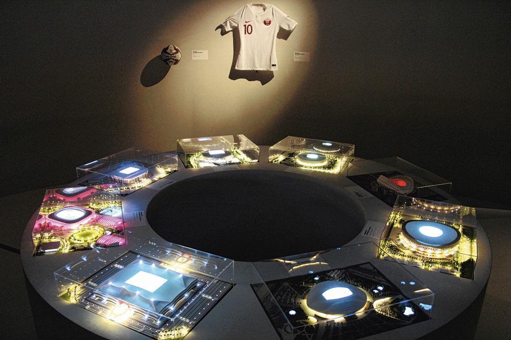 Enkele van de elf verhalen die in de Parijse tentoonstelling verteld worden., Emilien Hofman