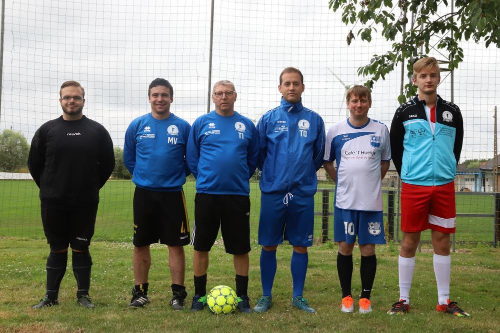 Vlnr.: Michael Seys, Maarten Vandermeulen, T1 Danny Dehaese, Thomas Dierickx, Dieter Gevaert en Jens Dellobel., MG