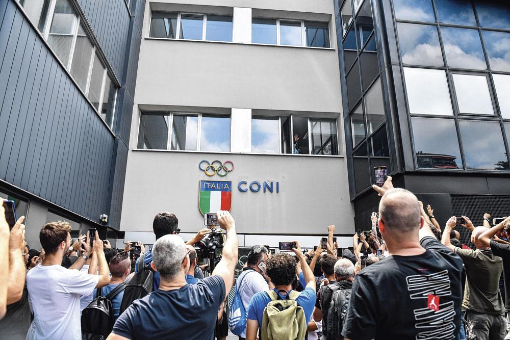 Big Rom kreeg een warm onthaal van de tifosi van Inter., belgaimage