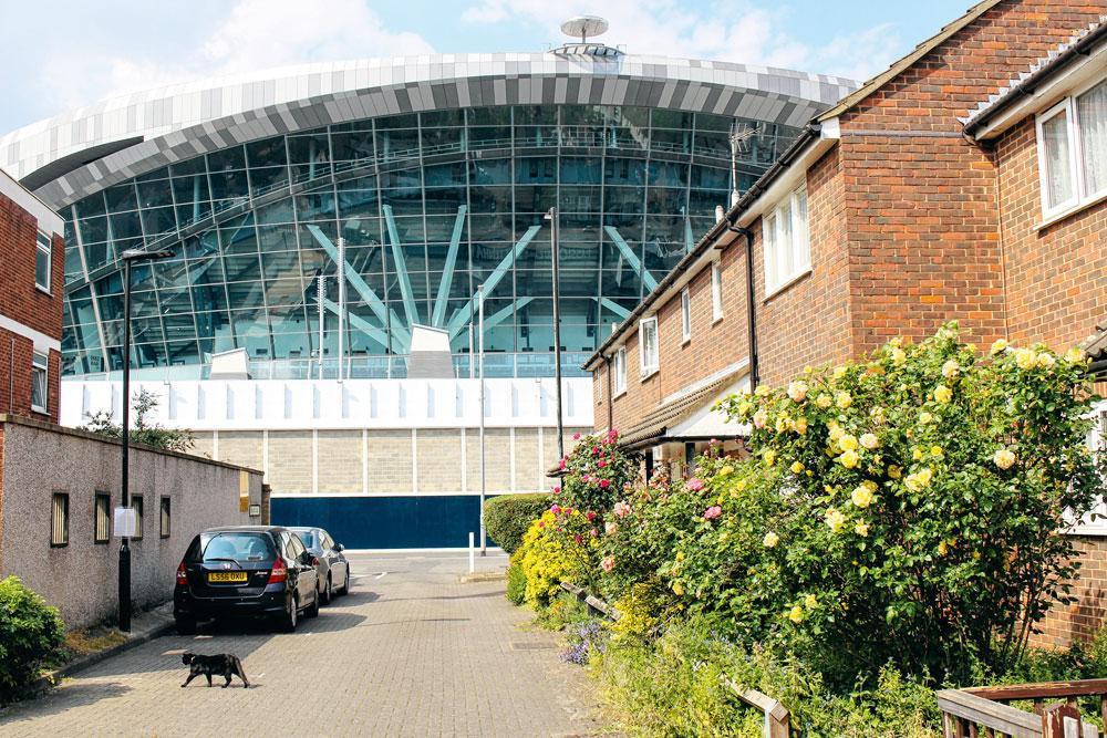 1. TOTTENHAM  Les habitants espèrent que le nouveau Tottenham Hotspur FC Stadium (photo) apportera une nouvelle dynamique., matthias stockmans