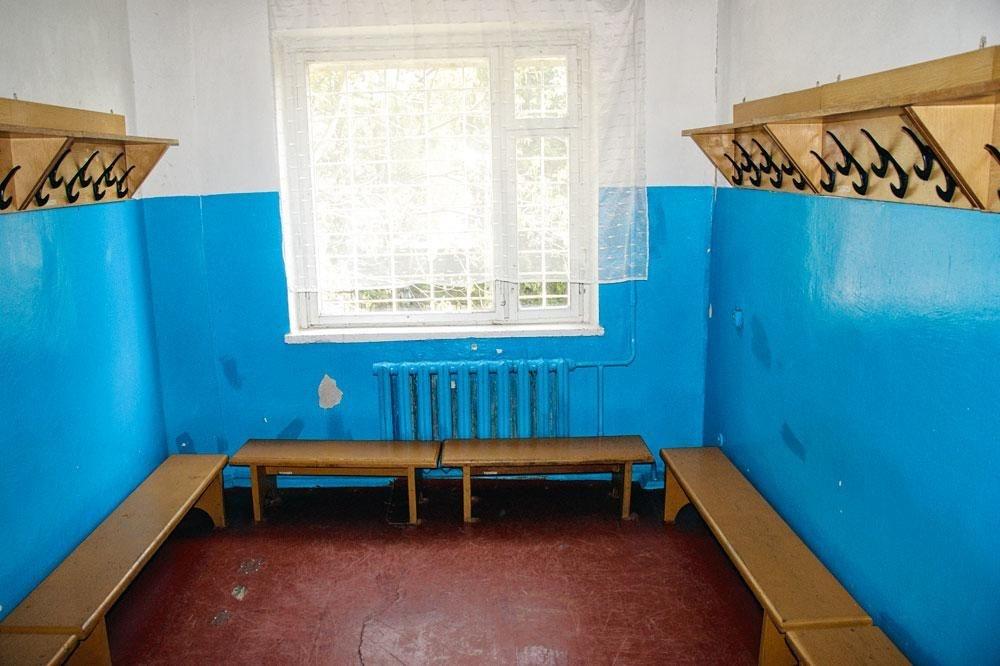 De eerste kleedkamer van Roeslan., christian vandenabeele