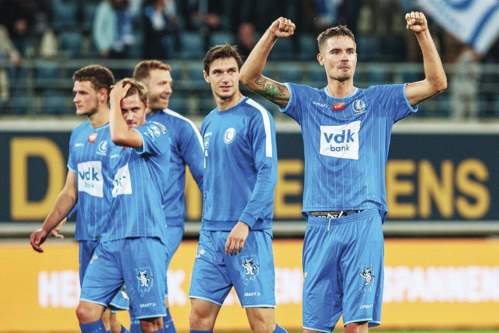 KAA Gent - KV Oostende 2-0.           Michael Lustig kon zich aanvallend uitleven op de rechtsachter. Hij kwam meermaals in schietpositie en gaf de assist voor het doelpunt van Jonathan David., BELGA