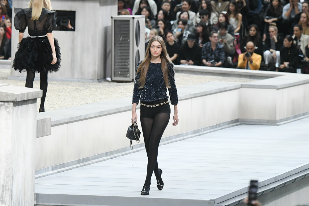 Gigi Hadid au défilé Chanel, 1er octobre 2019, Getty Images