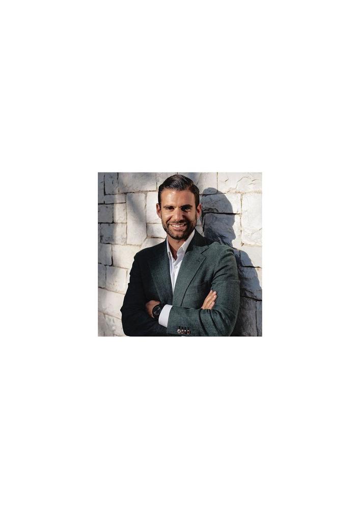 Nick Mavromaras, de makelaar van Jonathan David., belgaimage