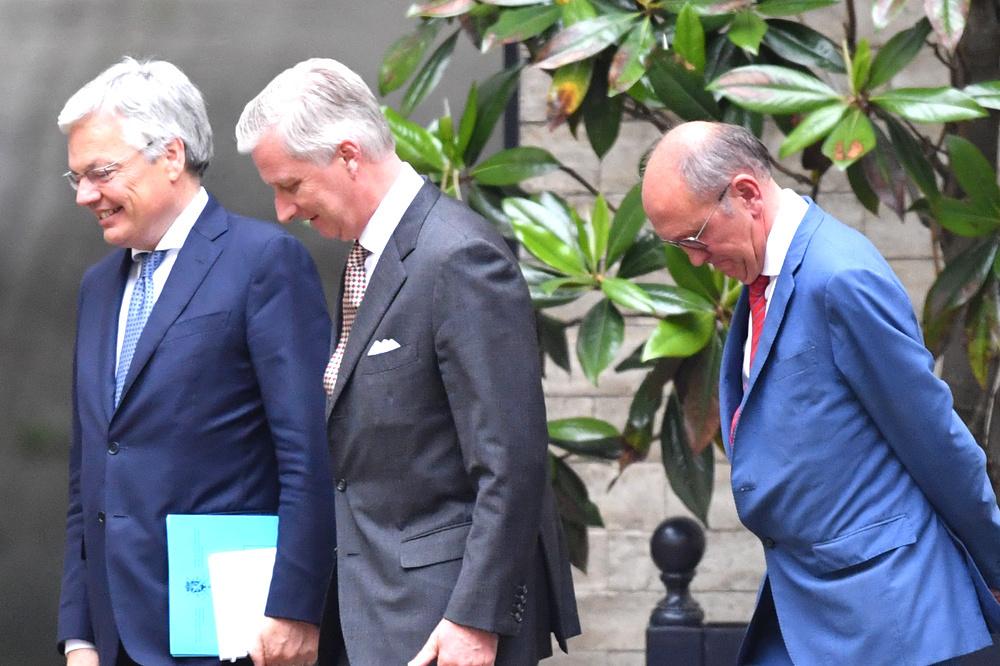 Informateurs Didier Reynders (MR) en Johan Vande Lanotte (SP.A) bij koning Filip op 6 juni 2019., Belga