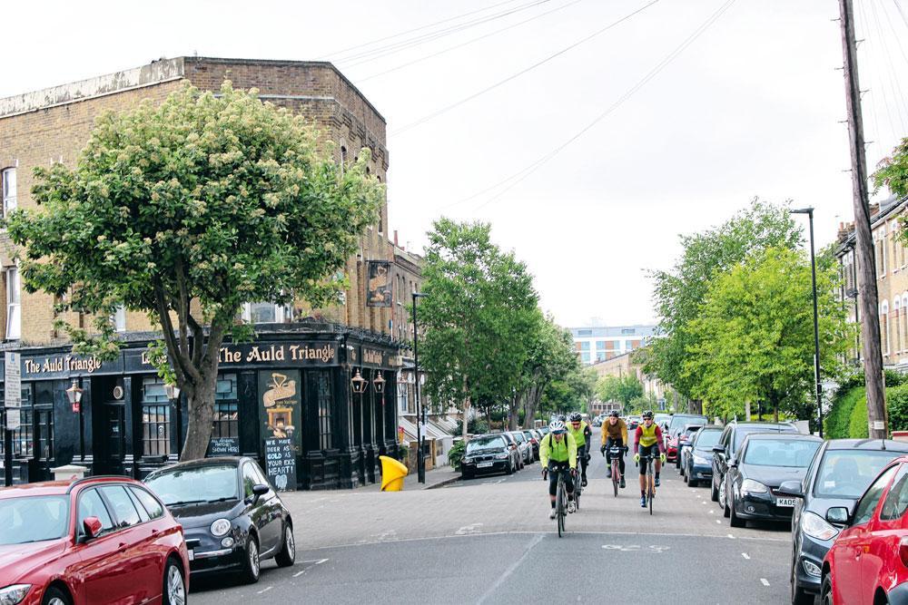 2. ARSENAL  Highbury (photo) est de nos jours un quartier typique de la classe moyenne, peuplé majoritairement de jeunes familles., matthias stockmans