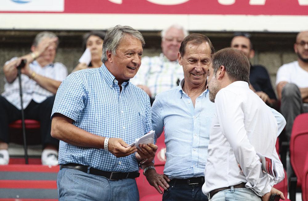 """L'ancien manager d'Anderlecht Herman Van Holsbeeck a été inculpé le mois passé, indépendamment du dossier Mains Propres. """" Nous continuons à envoyer des signaux """", commente Eric Bisschop., photos belgaimage"""
