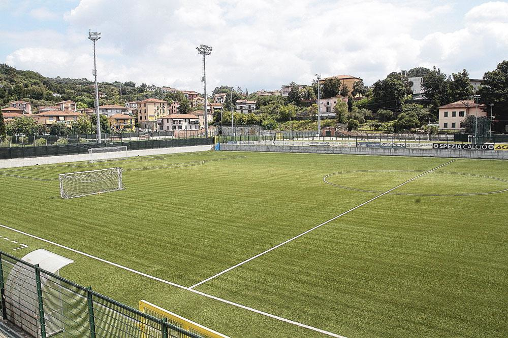 Het veld van Spezia Calcio waar David Okereke op doelpunenjacht ging., STEFANO STRADINI