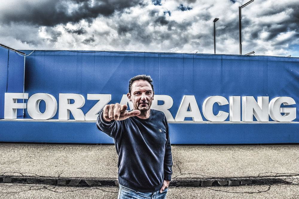 Dimitri de Condé: 'De spelers hebben Mazzu heel graag als mens. Daardoor zal hij ook altijd heel veel steun hebben in de media.', koen bauters