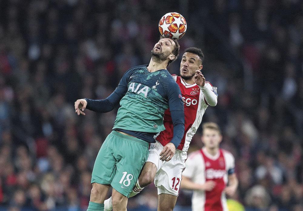 A l'Ajax, on digère mal qu'une équipe qui a atteint les demi-finales la saison dernière, doive passer par les tours préliminaires cette année., BELGAIMAGE