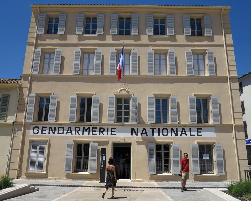 Commissariat de Saint Tropez, Getty Images