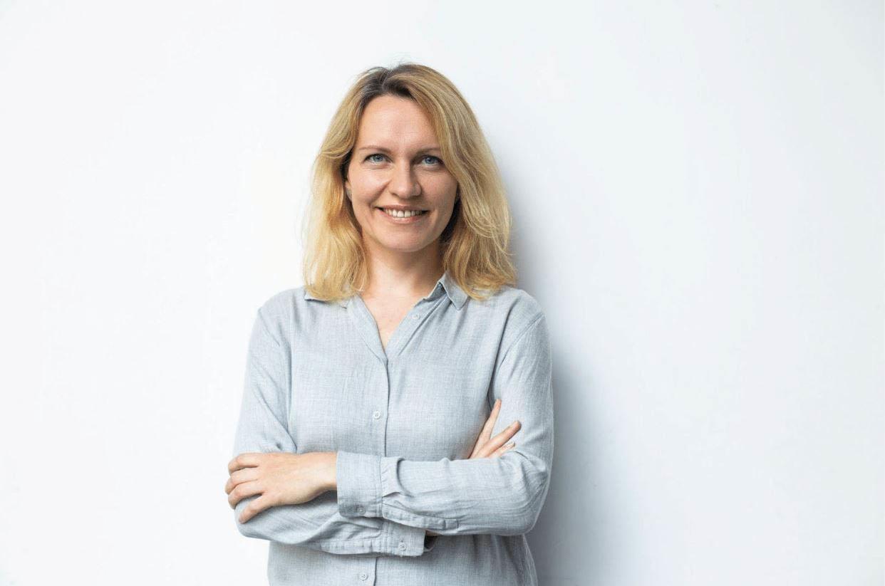 Anna Iarotska, Robo Wunderkind