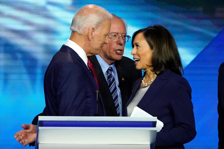 Joe Biden, Bernie Sanders et Kamala Harris, REUTERS/Mike Blake